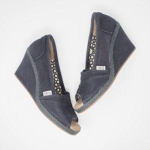 Toms Wedges Peep Toe Canvas Black, Size 7
